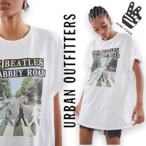 Junk Food URBAN OUTFITTERS | Beatles Glitter Tee